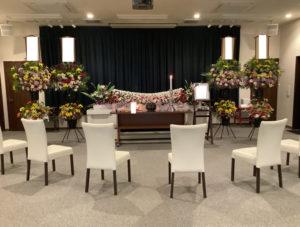 お葬式の祭壇